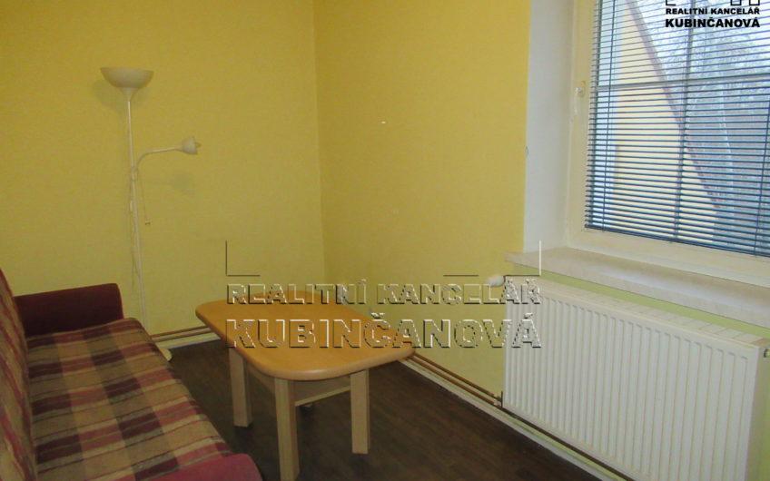 Byt 2+1 v osobním vlastnictví v Chebu v ulici Riegerova.