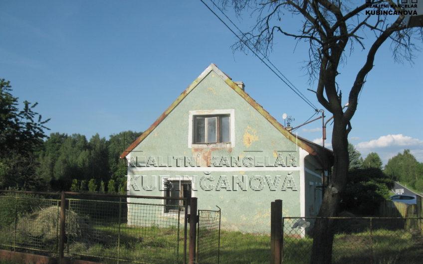 Zděný rodinný dům s pozemkem
