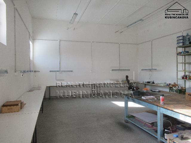 Polyfunkční budova, 2 byty a výrobní/skladovací prostory